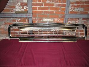 1970 1973 Jeep Wagoneer Grille Excellent Condition Early Take Off