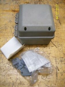 new Carlon Circuit Safe Hinged Enclosure T 738959