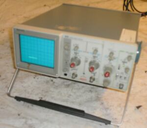 Tektronix 2213 Oscilloscope