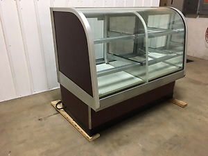 Federal Dual Zone Bakery Display Case