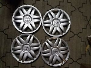 Set Of 4 New 2000 00 2001 01 Camry 15 Hubcaps Wheel Covers 61104