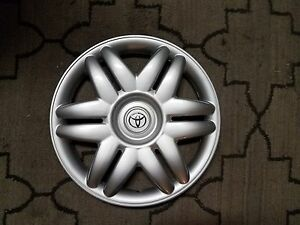 1 Brand New 2000 00 2001 01 Camry 15 Hubcap Wheel Cover 61104