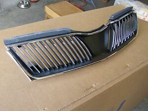Nos Oem Mitsubishi 2002 2003 Diamante Grille Mr920887