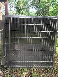 Ken Kage Stainless Steel Animal Cages kennel In Perfect Condition