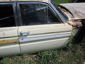 64 Mercury Comet Caliente 4 Door Right Front Door Center Trim Molding 1964 1965