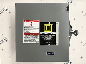 Square D Double Throw Safety Switch 30 Amp 240 Vac
