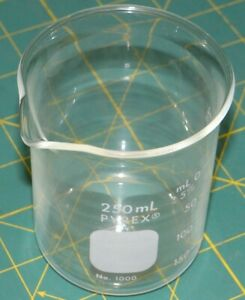 Pyrex 250 Ml Laboratory Glass Beaker No 1000