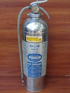 Stop Fire Redi jet 2 1 2 Gallon Water Pressurized Fire Extinguisher Srj 50