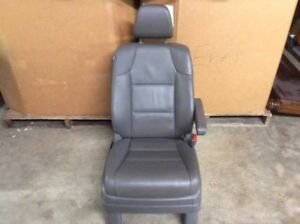 11 12 13 Honda Odyssey Front Right Passenger Leather Seat Dark Gray