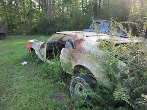 68 69 Javelin Amx Left Driver Spindle Knuckle Bare 1968 1969