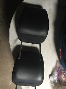 New Oem Front Seat Head Rests Explorer Mountaineer Explorer Sport Trac