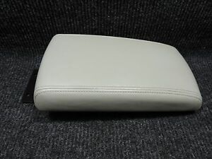 2006 2013 Impala Light Gray Center Console Arm Rest Door Lid Great Condition