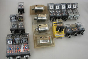 Mixed Lot Of 29 Ice Cube Relays Square Plug in Relays Most Are 11 Pin 24vdc
