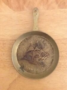 Vintage Bronze Pilgrim Mayflower Ship Plymouth Metal Wall Collectible Plaque