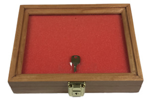 Cherry Wood Display Case 7 1 2 X 9 1 2 X 2 For Arrowheads Knifes Collectibles