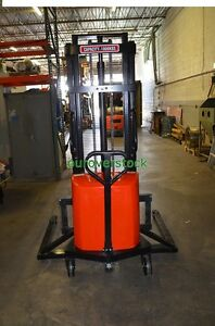 Straddle Manual Push Electric Lift Stacker 2 200 Lb 118 Lift Height