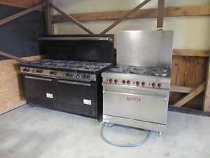 10 Burrner South Bend Stove With Double Oven Restaurant