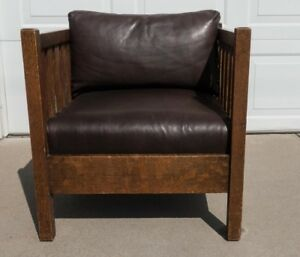 Original Vintage Stickley Oak And Leather Slat Style Cube Chair Arts