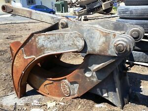 Geith 2x3 Demolition Excavator Grapple For A Volvo 290 S2 Coupler