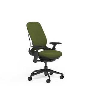 Large Steelcase Leap Plus Adjustable Desk Chair Buzz2 Ivy Green Fabric 500 Lb
