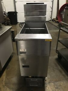 2013 Pitco Solstice Natural Gas 40 Pound Deep Fryer W Filtration Works Great