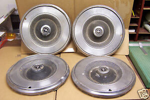 1971 1972 1973 Ford Mustang Coupe Convertible Fb 14 Wheel Cover Hub Cap 4