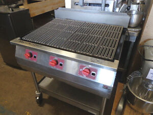 Broiler Grill Portable 36 Southbend Scl Nat Gas Fired With Stand On Casters