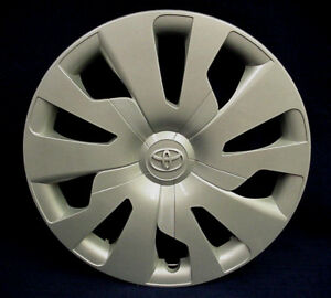 Toyota Yaris 2015 2017 15 10 Spoke Silver Wheel Cover Hubcap 1 Oem