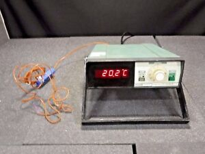 Fluke 2176a Digital Thermometer