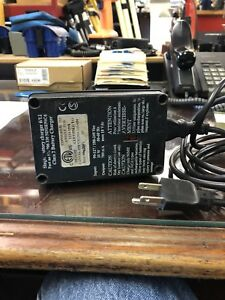 Trimble Single Battery Charger For 5600