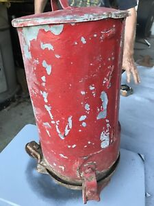 Vintage Moline Planter Fertilizer Hopper Box With Cover