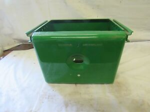 John Deere B R 80 Battery Box Has tractor Centerline With Light Hole