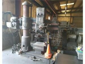 Carlton Radial Drill 4 Arm Length 13 Column Diameter With Table Under Power