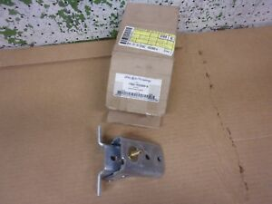 1993 2005 Ford Explorer Door Upper Hinge Nos New Oem 2003 2002 2000 1998 1996