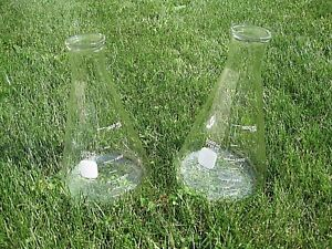 Lot Of 2 Big Pyrex 2000 Ml 2 L Lab Glass Erlenmeyer Flasks 4980 Thick Tops