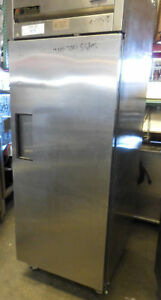 Commercial Refrigerator True Tr31 One Section One Solid Door Reach In