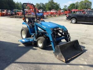 New Holland Tc18 Tractor With 914a Mower Deck