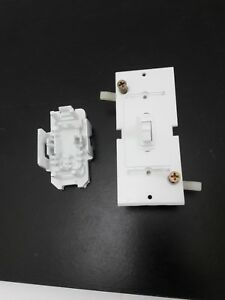 Lot 10 Wirecon Wdsu151wtg White Self contained Single Pole Light Switch W back