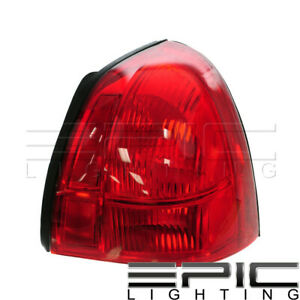 2003 2011 Lincoln Town Car Rear Brake Tail Light Right Passenger Sid