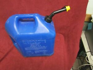 Blitz 5 Gallon Kerosene Gas Can W Self Venting Spout And Cap