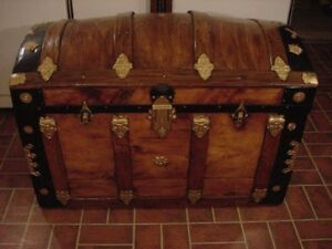 Ladycomet Refinished Dome Top Steamer Trunk Antique Chest W Key And Tray
