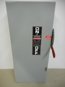 Ge Tg3223 100 Amp 240 Volt Single Phase Indoor Fusible Disconnect Safety Switch