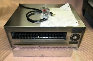 Never Used Wisco Model 412 8 Pizza Oven