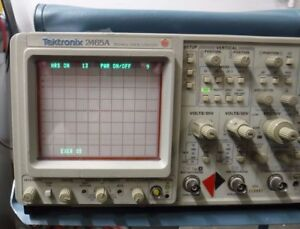 Tektronix 2465a Analog Oscilloscope Only 13 Hours On The Scope 12 On off