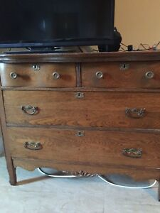 Antique Early 20th Century 4 Drawer Solid Oak Dresser Top 2 Drawers Are Wavy