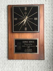 Oldsmobile Gm Vanguard Clock Award Original Vintage Dealership Picture