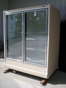Tyler 2 Door Reach In Commercial Freezer Model n5fg2