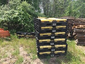 Used Plastic Gaylords 48x40x32 With Fork Entry Sides