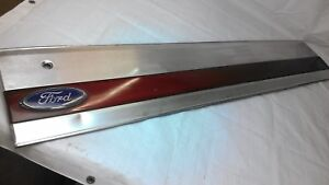 1987 1988 1989 1990 1991 Bronco Xlt Tailgate Trim Finish Panel Red Reflector