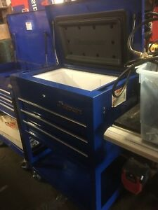 Snap On Cooler Cart Ice Chest Blue With Cover Never Used